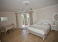 Suite Étage - Chambre romantique
